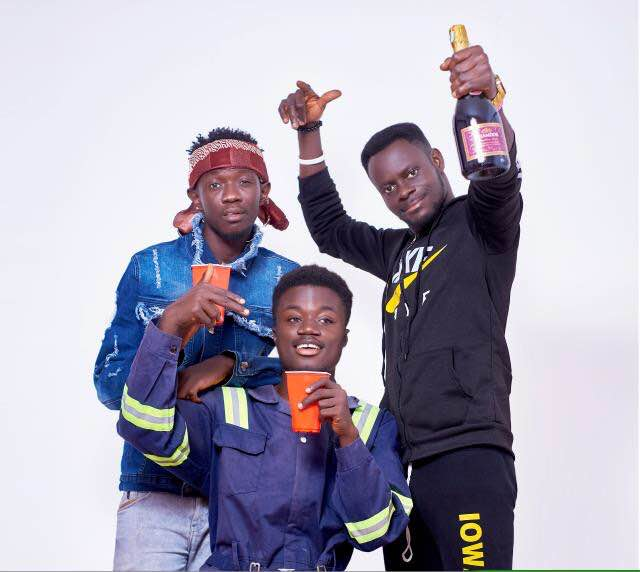 Pee Kay – Party Again ft. Kobby Forina & Mr. Kizz