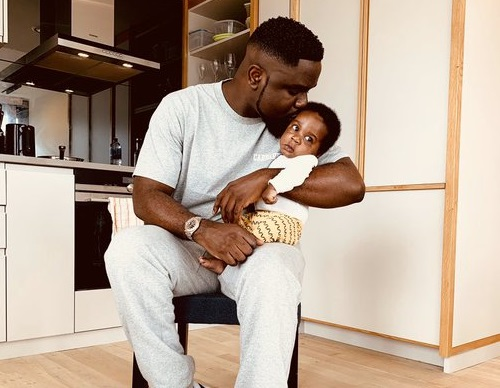 Sarkodie Shows Off His Son on Fathers' Day