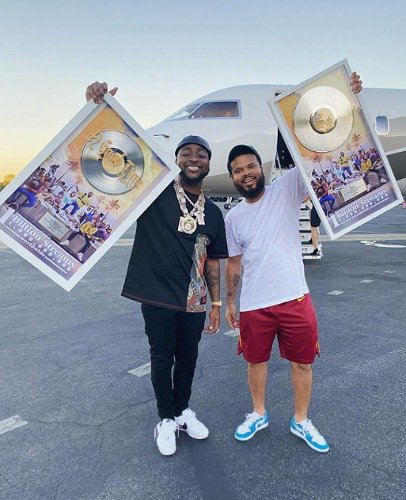 Davido receives honorary plaque for his album as it hits 1 billion streams