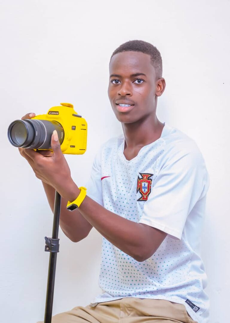 DESTINY THE ARTISTIC PHOTOGRAPHER FROM  NORTHERN GHANA
