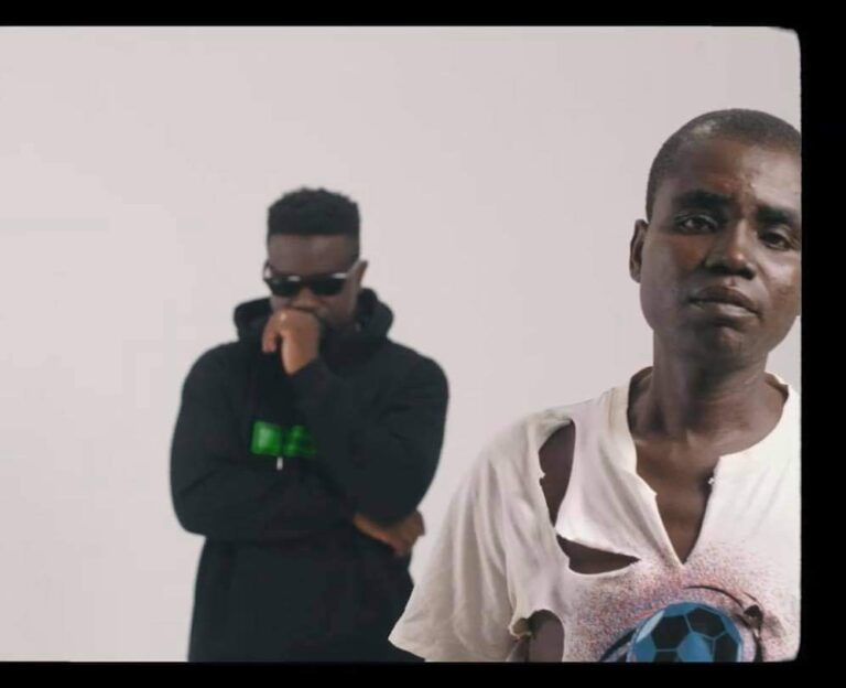 Hammer of The Last Two- Ohohuo Asem (ft. Agyekum & Sarkodie) (Official Video)